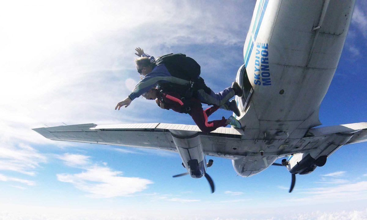 skydiving exit order