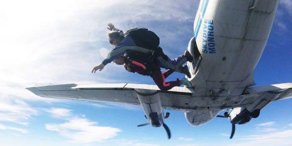 skydive monroe, tandem skydiving.